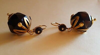 Antique Earrings made of jet and 18K yellow goldfrom the late 19th century
