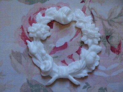 New! Shabby Chic Small Floral Wreath Furniture Applique Architectural Trim Onlay