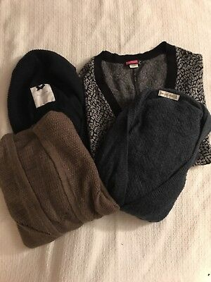 Lot Bundle of Juniors Sweaters M