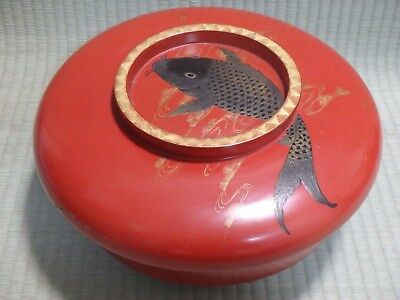 Wooden Box / lacquerware / With lid / Carp / Red / Japanese Vintage