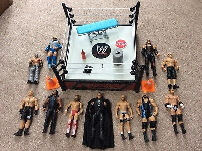 WWE Wrestling Figures & Ring Bundle