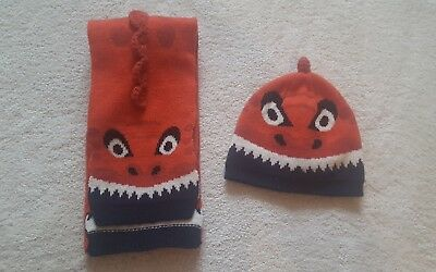 Boys Fat Face Dinosaur Hat and Scarf Set age 3-5