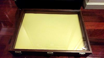 Solid Walnut Wooden Display Case 24' Wide 18' Long 3 1/4' Thick Made In Usa