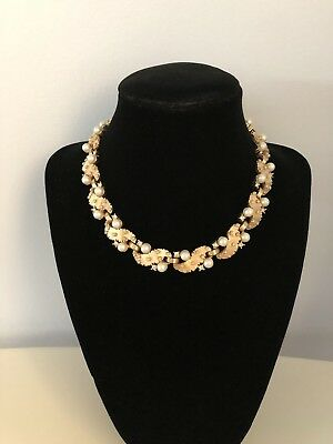 Vintage Signed Trifari Rhinestone Gold Tone And Faux Pearl Necklace .