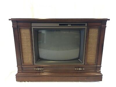 Awesome Vintage Condition Montgomery Ward Co. Console TV Television GGV17416