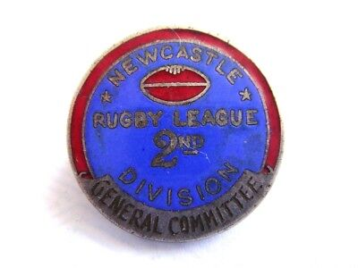 1950's NEWCASTLE RUGBY LEAGUE 2ND DIVISION GENERAL COMMITTEE BADGE
