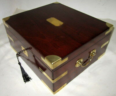 HANDSOME GREAT SIZE SOLID MAHOGANY & BRASS EARLY VICTORIAN CAMPAIGN BOX with key