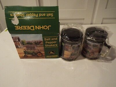 "JOHN DEERE ""Collectible""Diecast Metal SALT & PEPPER ""Shaker"" TIN  Set"