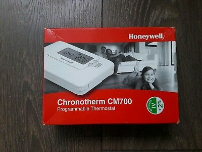 Honeywell Chronotherm CM700 Programmable thermostat Brand new