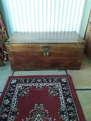 oak chest trunk preowned