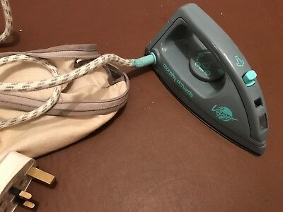 MORPHY RICHARDS TRAVEL STEAM IRON 41500 Good condition Full Working Order + bag