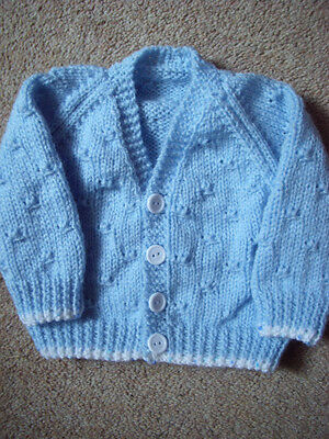 "Baby Boy's Blue Hand Knitted Cardigan 0- 3 months 16 "" Chest BN"