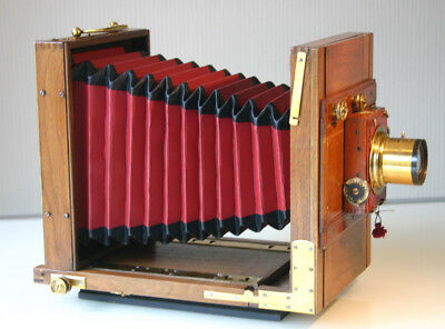 """Good (7x5"""") FRENCH WALNUT TAILBOARD CAMERA + 2 Plate Holders RED BELLOWS C1900"""