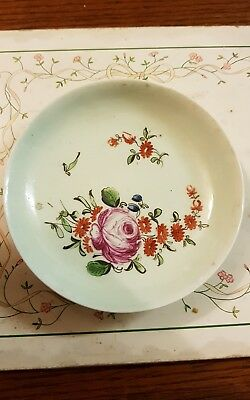 Small Chinese famille rose plate saucer