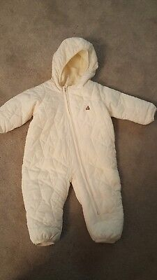 gap cream all in one snowsuit perfect for boy or girl size 3-6 months