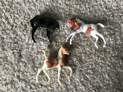 Breyer Stablemates Lot Of 3 Foals