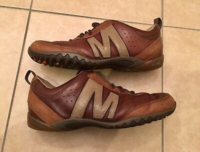 Merrell Trainers Size 9. Brown Leather Size 9