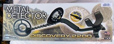 Bounty Hunter Metal Detector Discovery 2200 New in Box