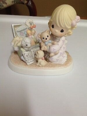 precious moments figurines-Collecting life's most precious moments