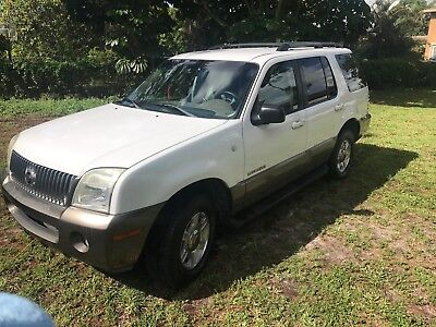 2002 Mercury Mountaineer  2002 Mercury Mountaineer v8 109k miles Blean title New Tires
