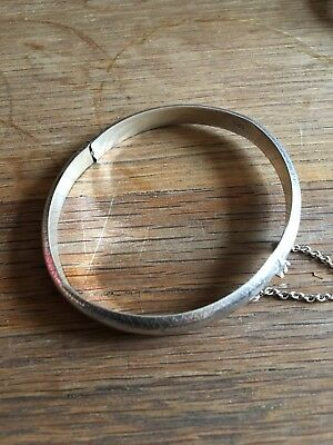Solid Silver Vintage Bangle Fully Hallmarked