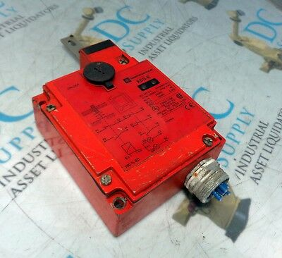 Telemecanique Xcs-E Safety Limit Switch