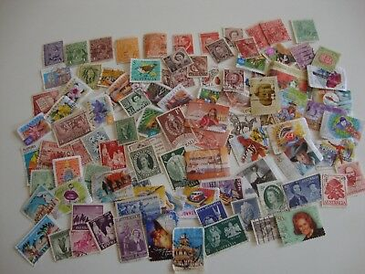 Small Collection of 100 Postage Stamps from Australia, Used.
