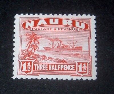 K.G.V MINT HINGED NAURU 11/2d FREIGHTER STAMP FROM 1924,,,,99p START.