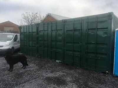 shipping container 20 ft excellent condition. secure dry recently painted inside