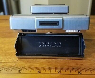 Polaroid SX-70 camera. parts/repair
