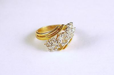 Vintage White Crystal Rhinestone Abstract Gold Tone Ring Size 6