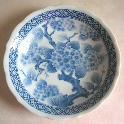 Vintage Decorative Chinese Porcelain Bowl Blue White Floral Asian Rice Dish 2/4