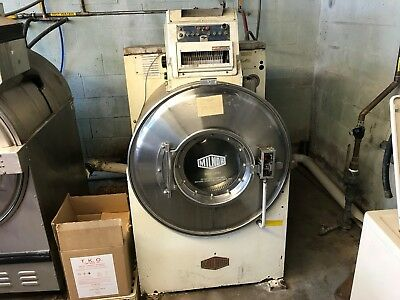 Milnor Front Load Washer 50LB - working order