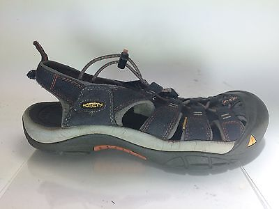 MENS gray HIKING TRAIL SHOES KEEN SZ 8 bungee closed toe NEWPORT waterproof