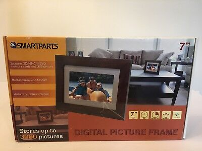 """Smartparts SP72EF 7"""" Digital Picture Frame Stores up to 3000 Pictures NEW"""