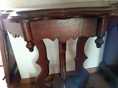 Antique, Late Victorian, Eastlake Period Table in Walnut Wood 1870-80