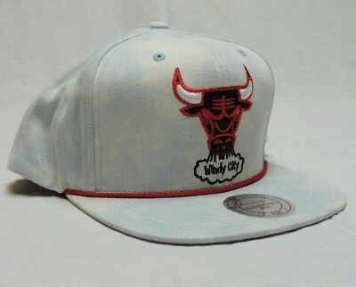 hot sale online 37c88 0991f ... where can i buy chicago bulls windy city snapback hat mitchell ness nba  acid wash denim