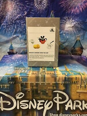 Mickey/Minnie Mini Tea Set