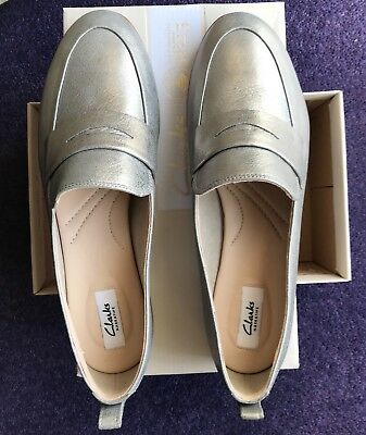 861ebfd17ae CLARKS SILVER METALLIC ladies shoes Alania Belle size 8 - £16.00 ...