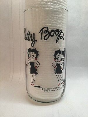 BETTY BOOP DRINKING GLASS TUMBLER, 1993 King Features. B15
