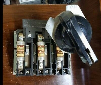 FEDERAL PIONEER 3100521 30A 600V-AC 3P w/ FUSES DISCONNECT SWITCH