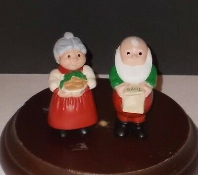 Hallmark Merry Miniatures Mr. Claus And Mrs. Claus 1989 Christmas