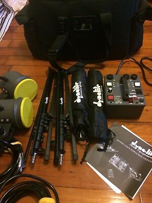 Dynalite Light Kit w/ RP400 Road Power Pack, 2 RH1050 Flash Heads, & Accessories