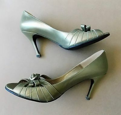 Immaculate Size 7.5 Alan Pinkus Spanish Pale Metallic Green Leather Shoes