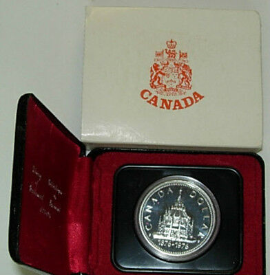 1976 Canadian Specimen Silver Dollar Uncirculated with a case, Parliament