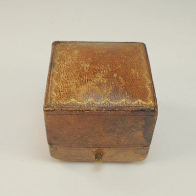 Antique Vintage Ring Box Jewellery - Jewelry Display Presentation Brown Case