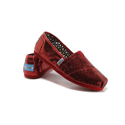 673c4515396 TOMS Authentic Red Glitter Women s Classic Size 9 Flats Brand New Never Worn