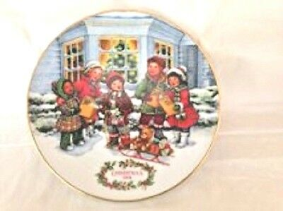 Set of 2 Avon Holiday Commemorative Plates
