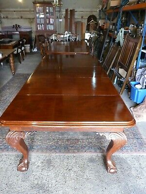Early Victirian Claw & Ball Extending Antique Mahogany Dining Table