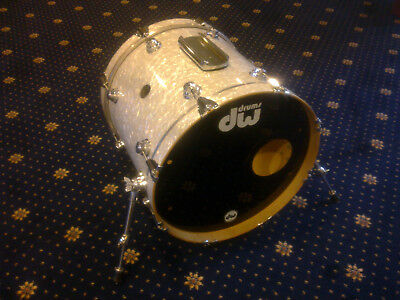 """DW Collectors Bass Drum 20""""x18"""" in """"Ultra White Marine"""""""